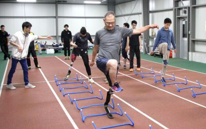 The joy of running again with sport prosthetics Athletics class for people with disabilities by the Niigata University of Health and Welfare