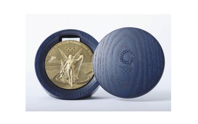 日本の文化と技術 凝縮 五輪・パラのメダルケースデザイン 八千代在住・吉田真也さん
