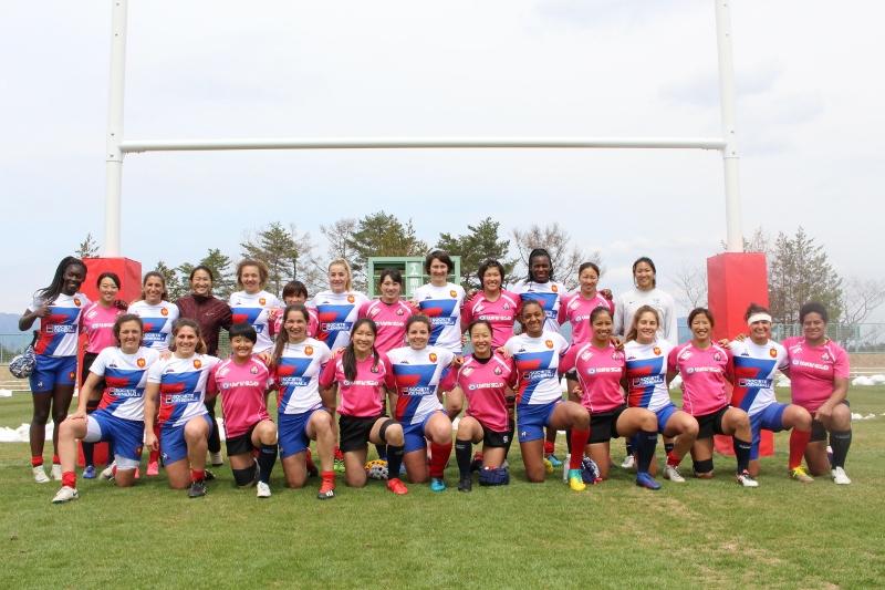 山梨県富士吉田市で、ラグビーフランス女子セブンズ代表・日本女子セブンズの一般公開練習・エキシビションマッチが開催されました!